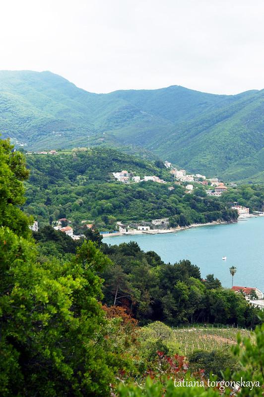 Вид от церкви Св. Саввы в Херцег Нови (монастырь Савина)