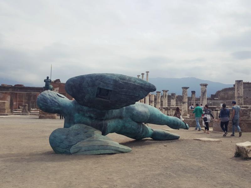 Pompeii sculptures