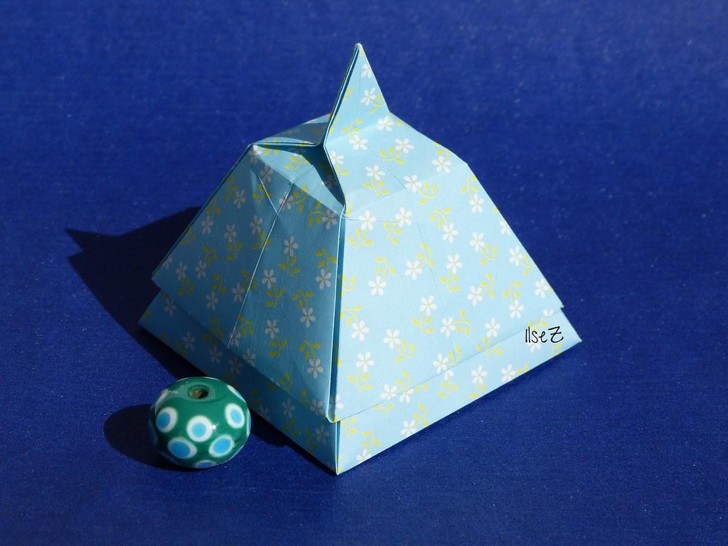 pyramid box by tomoko fuse by esli24