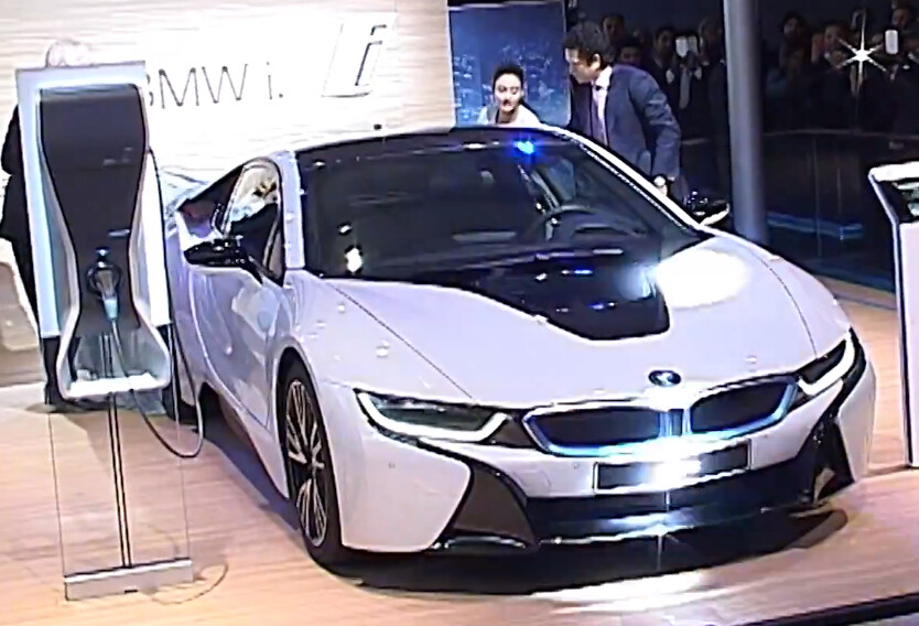 Bmw I8 Plug In Hybrid Electric Car Uncovered By Sachin Ten Flickr