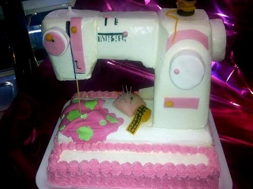 Torte di compleanno per bambini torta da cucire for Torta di compleanno per bambini