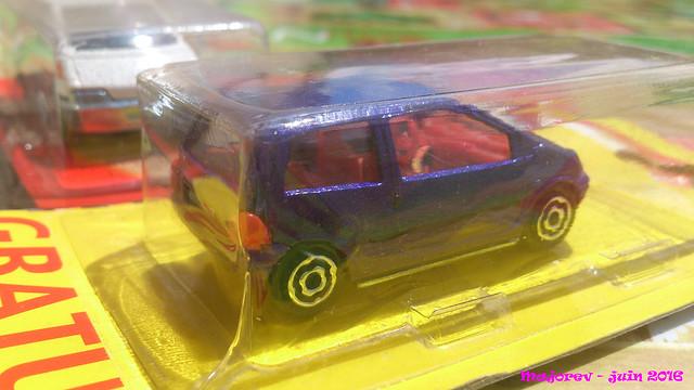 N°206 Renault twingo 1. 27270822744_116fffa824_z