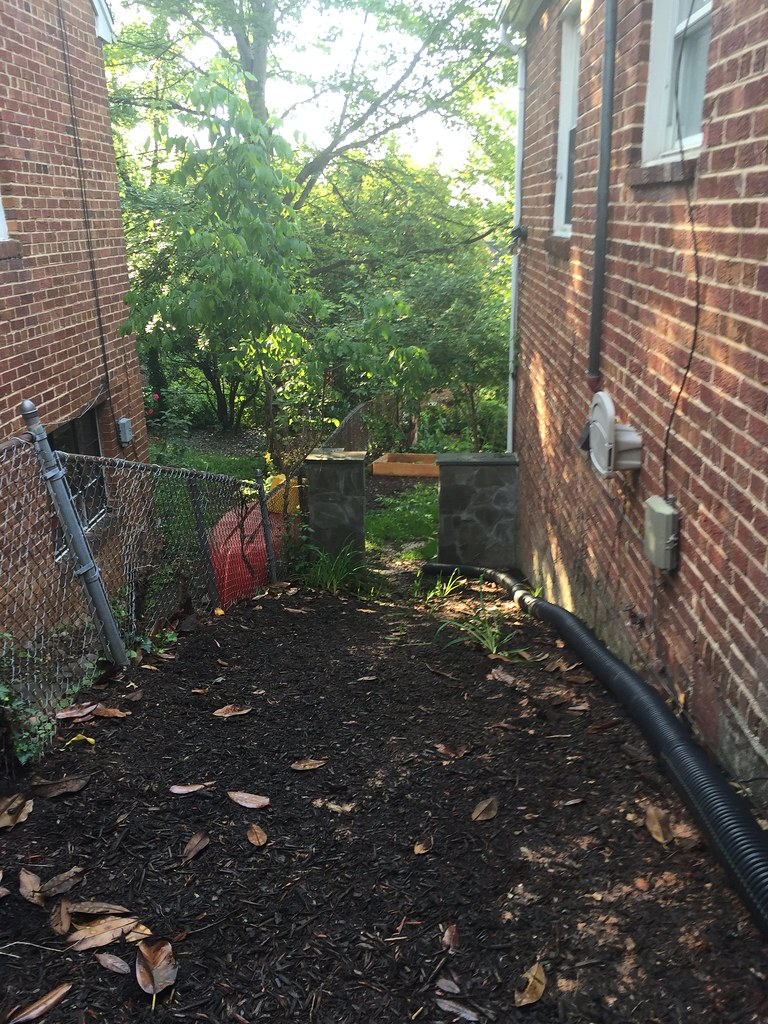 landscaping a steeply sloped yard diy del ray