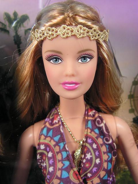 2015 Barbie The Look Festival DGY12 (2)