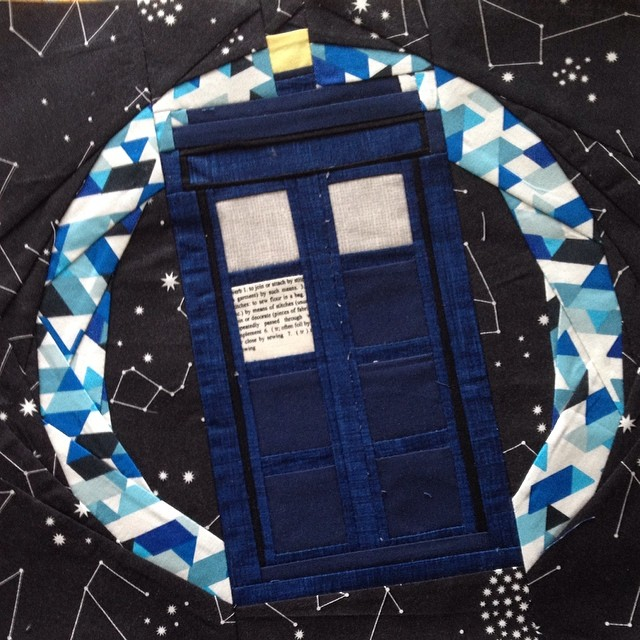Doctor who along block 20 ~ Tardis in flight