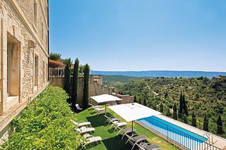 piscine exterieure avec vue sur le luberon de l 39 hotel spa flickr. Black Bedroom Furniture Sets. Home Design Ideas