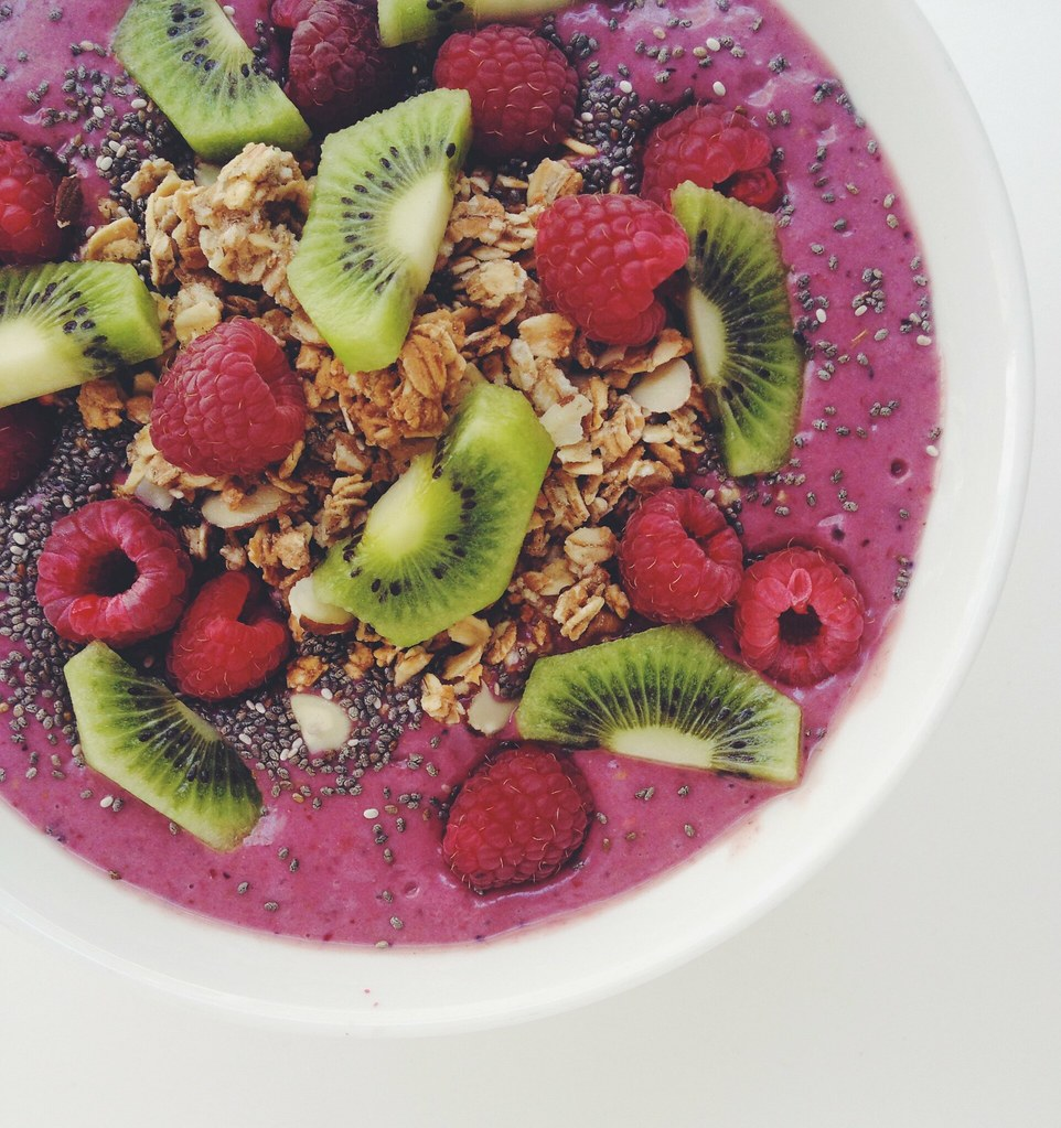 today's enlighten smoothie bowl