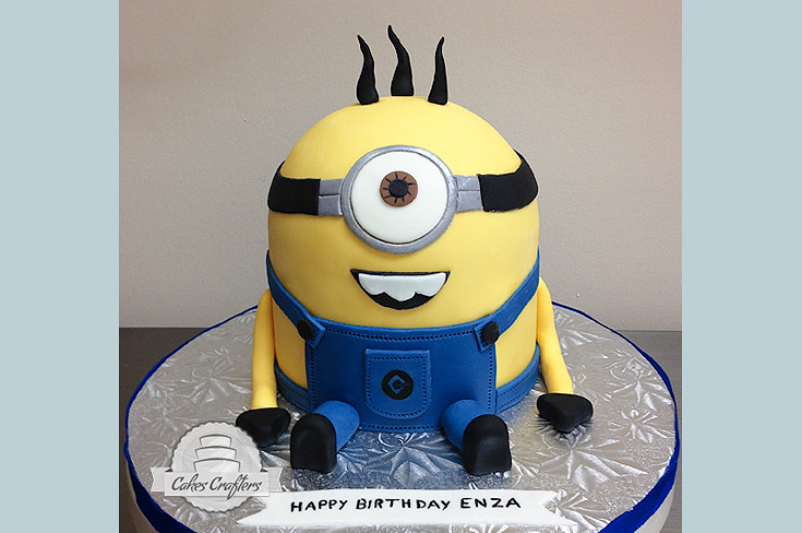 Minion Cake Looks like its Minions rush Another Despicab Flickr