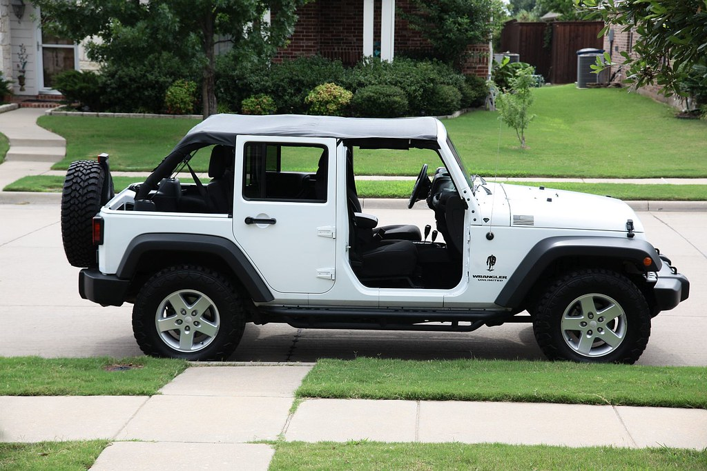 Nice ... White Jeep Wrangler Unlimited With BestTop Safari Bikini Top With  Windshield Channel | By MWButterfly