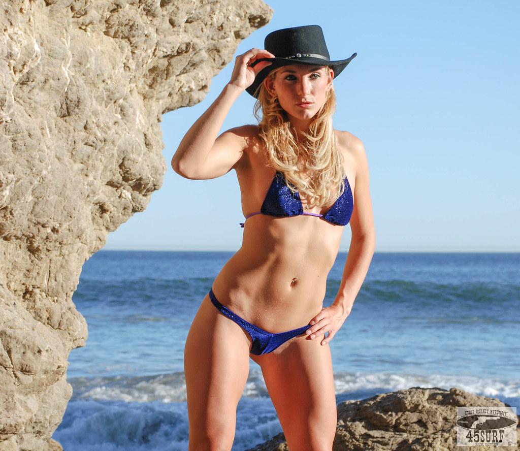 bikini fitness in Beauty
