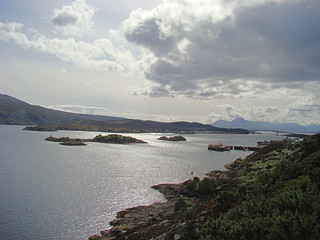 081 uitzichtpunt vlakbij de brug naar Skye