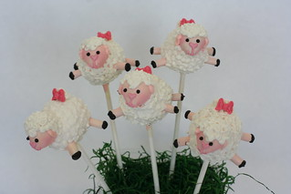 Fully Body Sheep Cake Pops! | by Sweet Lauren Cakes