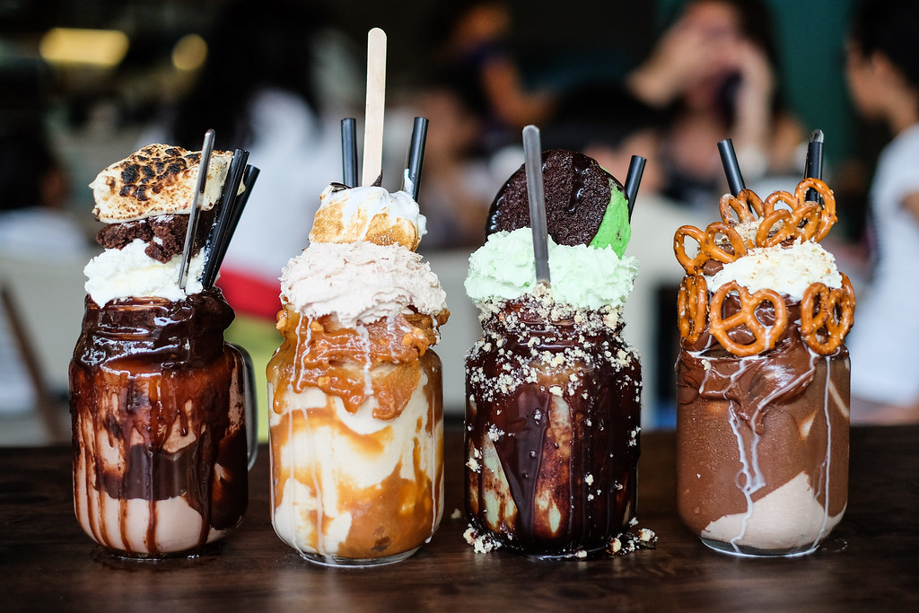 Patissez's Freakshake: Maddy Pat, Pretzella, Mint Condition and Sneaky Freak