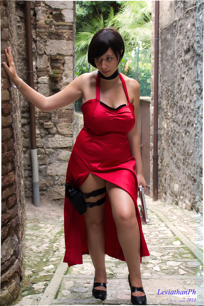 ada cosplay evil Resident wong