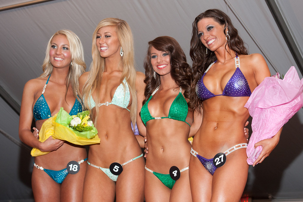 International hooters swimsuit pageant girls