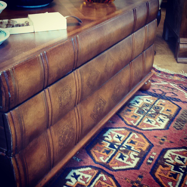 Coffee Table Made To Look Like Antique Book Stack Flickr - Coffee table that looks like books