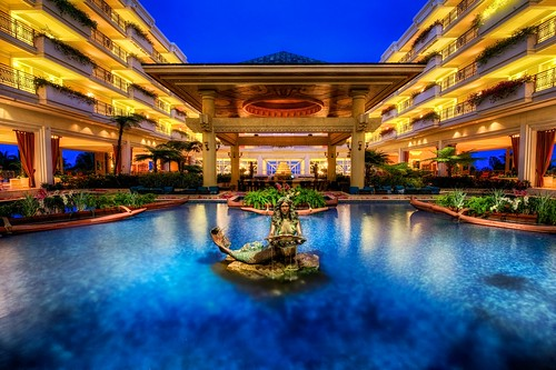The lobby of The Grand Wailea | by Jim Nix / Nomadic Pursuits