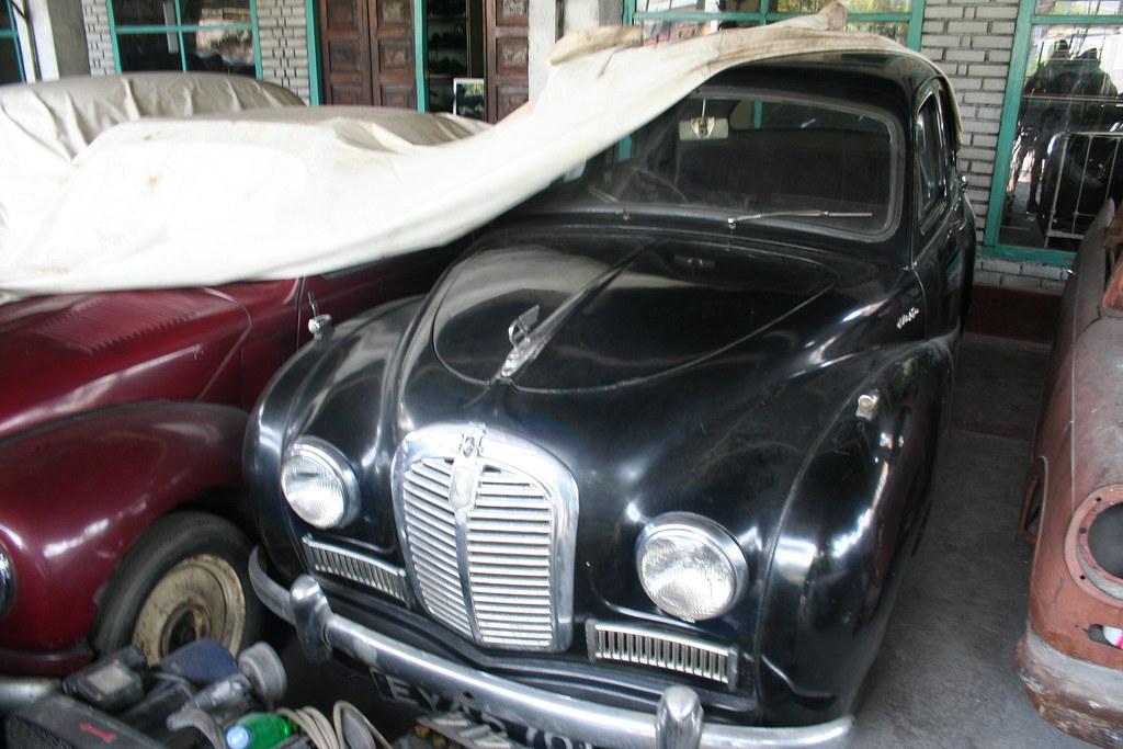 Austin A40 Somerset seen at Classic Car Museum/Dealer, Pil… | Flickr