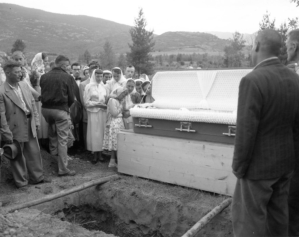 open casket open grave mourners at funeral of mary gien flickr