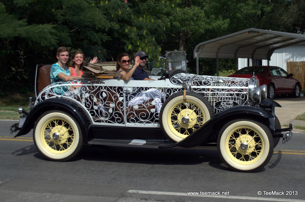 """1930 Ford Model A """"See Through"""" Roadster called """"Sweetheart"""""""