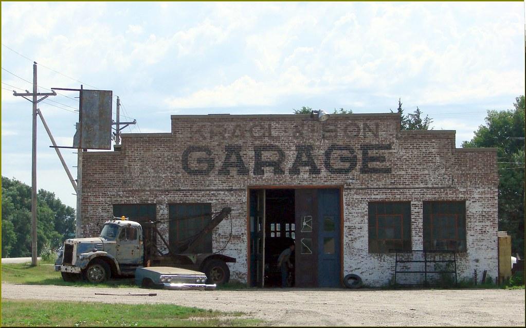 Old Auto Repair Shop\
