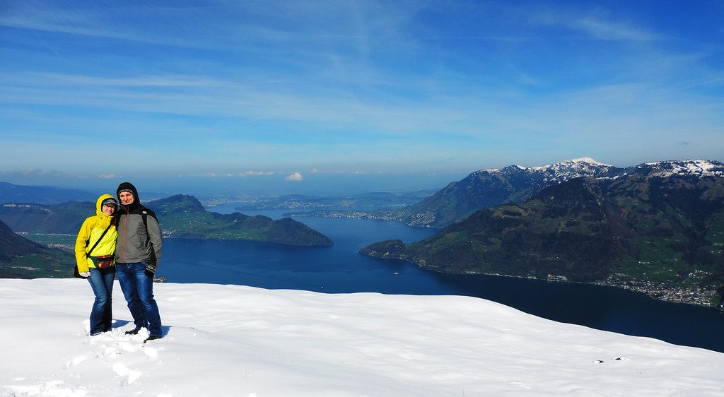 How To Create That Perfect Travel Itinerary: Hike to Niederbauen summit, Swiss Alps