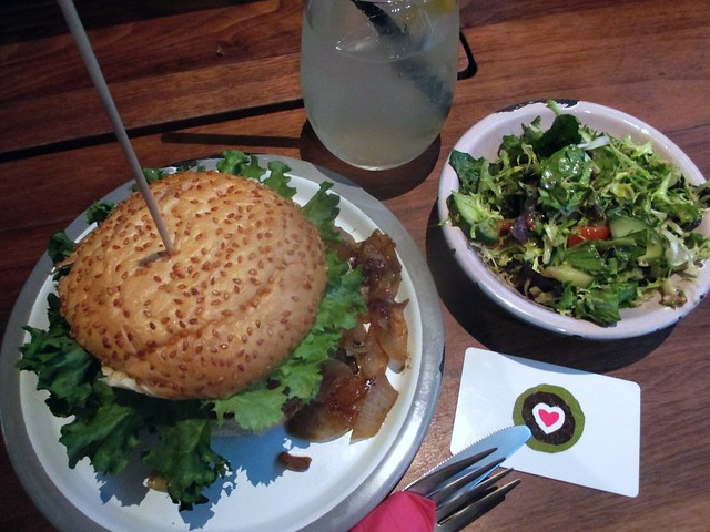 Burgerlich Cologne: Portobello burger, side salad, lavender lemonade