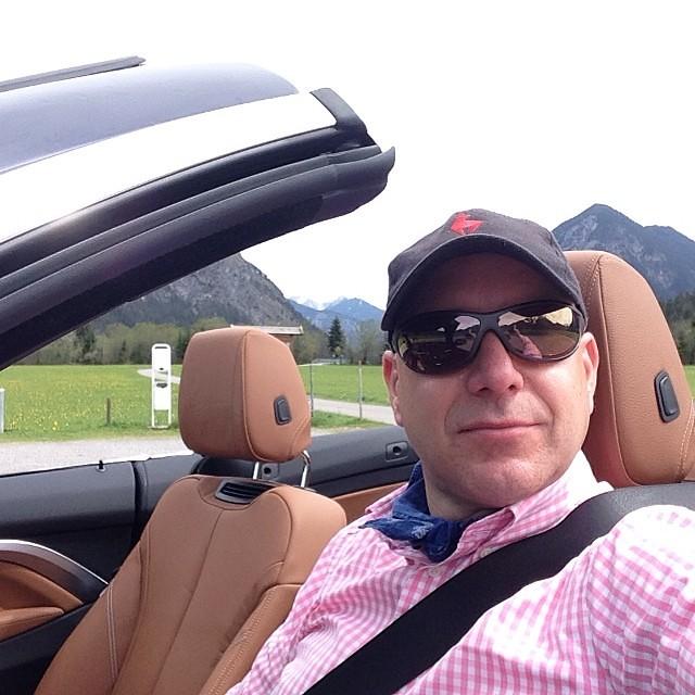 BMW 435i zum Probefahren. Das Hotel Alpenrose hat einige Gründe für kurzweilige Tage. #bmw #bmwi @alpenrosehotel