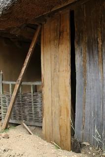 Neue Wand für das Handwerkerhaus - Museumsfreifläche Wikinger Museum Haithabu WHH 08-06-2016
