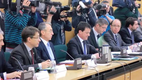 Los ministros del interior de espa a y francia han clausur for Ministerio del interior espana