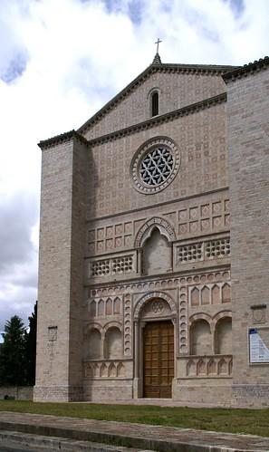 Perugia piazza san francesco al prato ex chiesa di san f for Piazza san francesco prato