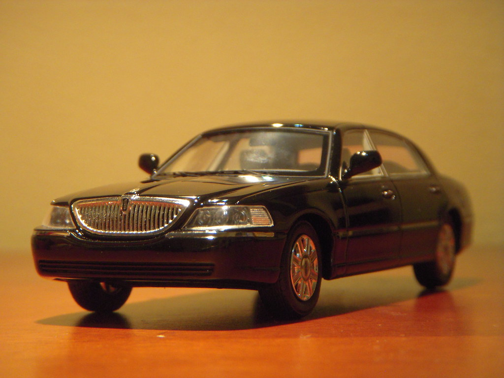 2011 Lincoln Town Car Signature Limited Continental Editio Flickr