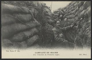 Campagne de 1914-1916 : une tranchée de première ligne
