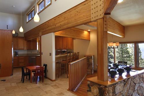 Lake Tahoe Dining Room Set