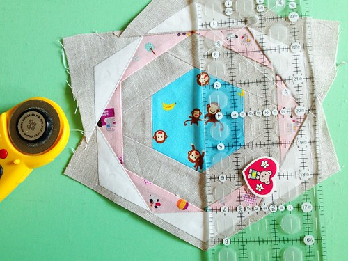 Patchwork Please!  Zakka Along 2: Happy Hexagon Trivet | by Happy Zombie