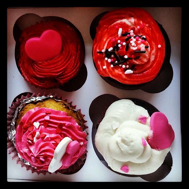 Valentine S Day Bake Sale Valentines Baking Bake Cupca Flickr