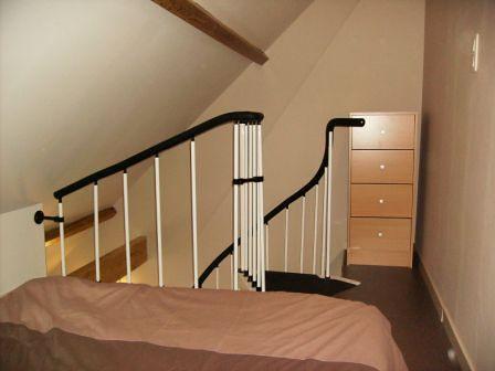 lit double en mezzanine lit double en mezzanine flickr. Black Bedroom Furniture Sets. Home Design Ideas