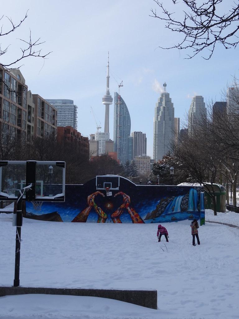 Foreground Snow Laden Basketball Court David Crombie Par Flickr