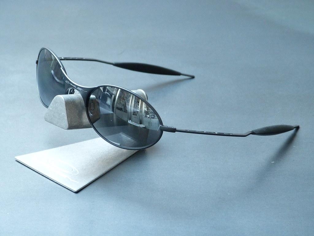 Oakley E-Wires® Dark w/Black Iridium ed/Limited Edition Vi…   Flickr