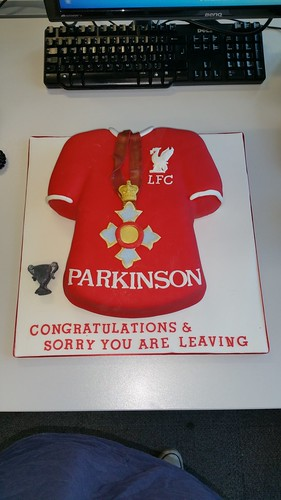 Liverpool football / CBE gong cake | by platypus1974