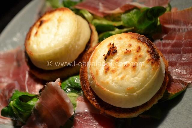 Salade au Chèvre Chaud et Jambon Cru © Ana Luthi Tous droits réservés 24