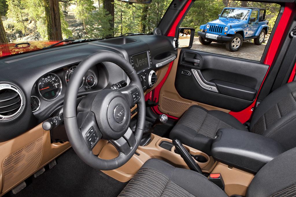 High Quality ... 2012 Jeep Wrangler Unlimited Sahara Interior | By AlBargan