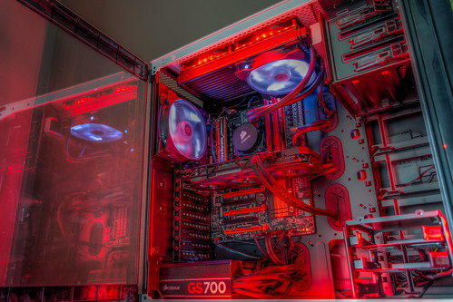Custom PC build: Corsair CC760T case, Intel i7-4770K, Corsair Hydro Series H110, Gigabyte Z97X-SOC Force, Gigabyte Radeon R9 270X 4G Windforce and more (HDR Photo) | by demawo