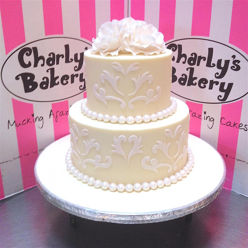 2-tier Wedding Cake iced in white chocolate ganache, decor… | Flickr