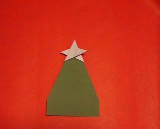 origami weihnachtsbaum mit stern origami weihnachtsbaum. Black Bedroom Furniture Sets. Home Design Ideas