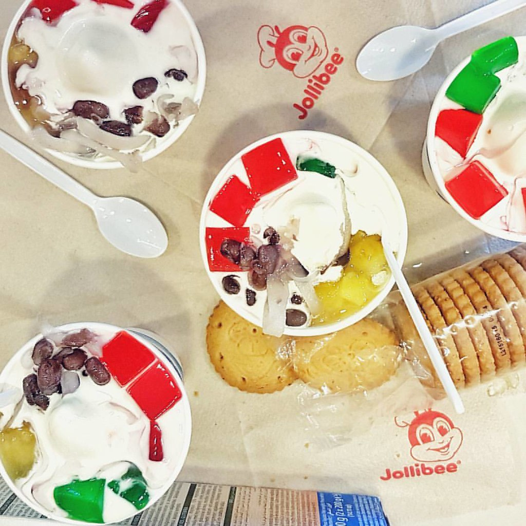 Arrived Town And Lets Beat The Heat With Jollibees Halo Sundae