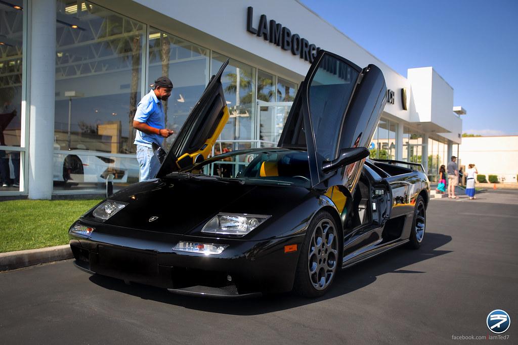 El Diablo Nero The Lamborghini Diablo Is A High Performan Flickr
