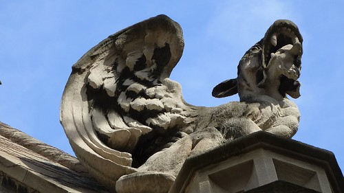 Gargoyle on Cobb Gate, University of Chicago | by ali eminov
