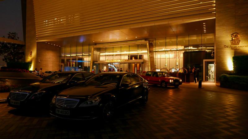 28022294896 4b04ffbf3e c - REVIEW - Ritz Carlton Hong Kong (Deluxe Harbour View Room)