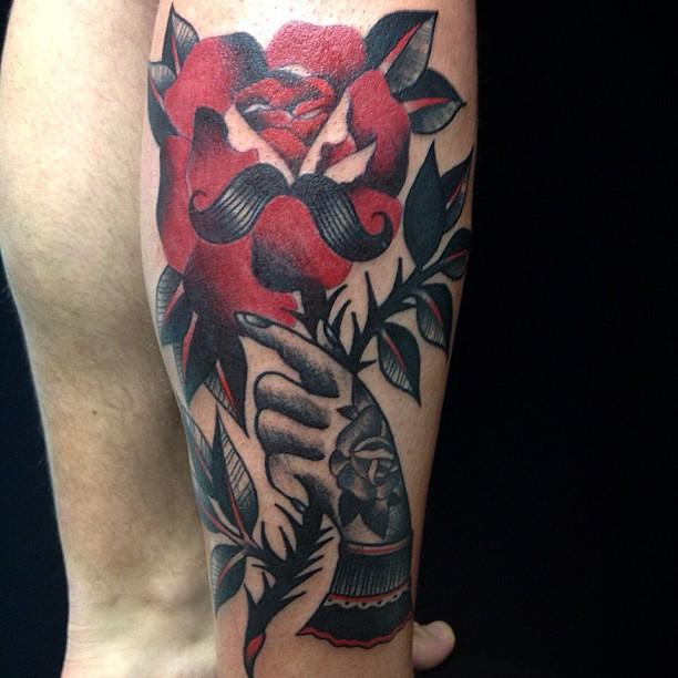 Mano Con Rosa E Baffo Traditional Oldschool Tatuaggio By D Flickr